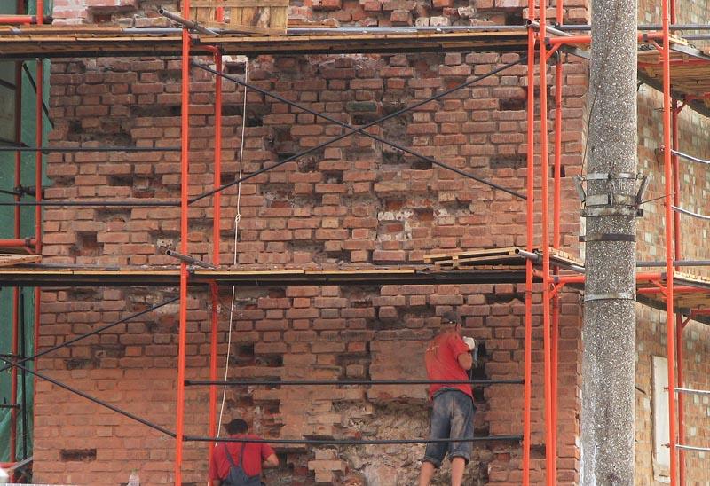 технология ремонта кирпичных стен