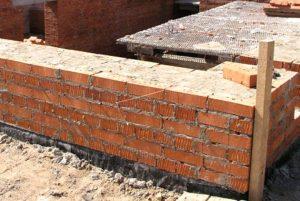Построить дом из кирпича своими руками