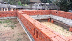 Поднять фундамент кирпичного дома